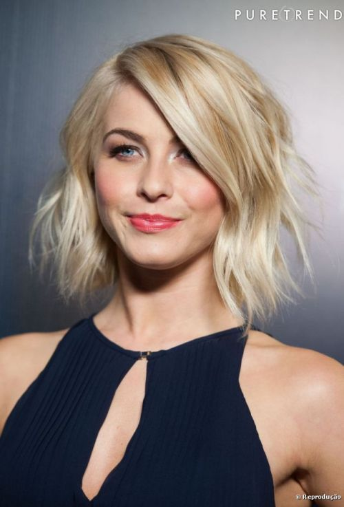 106119-julianne-hough-com-fios-chanel-637x0-2