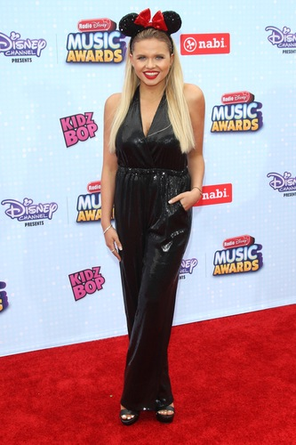 alli-simpson-minnie-mouse